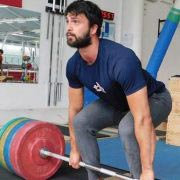 Adam Warwicker Weghlifting Coach At The Commando Temple 8