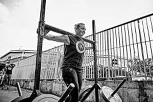 Strongwoman Training Commando Temple (4)